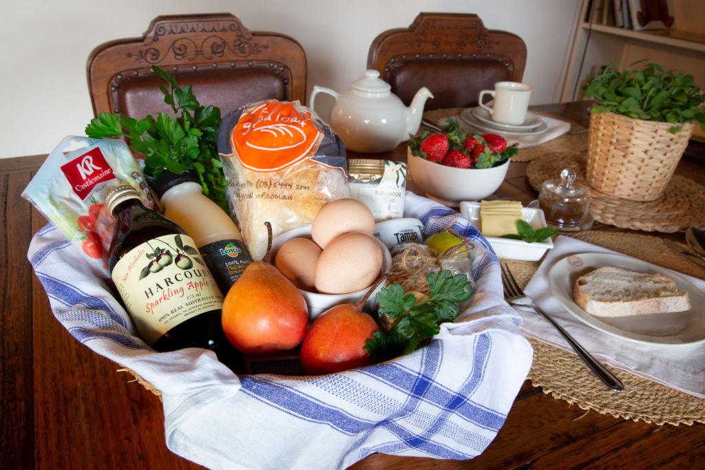Byronsvale Accomodation Bendigo Breakfast